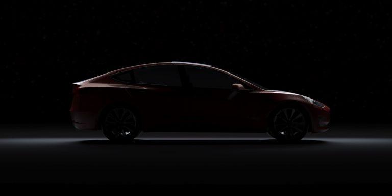 Tesla bil i mørket
